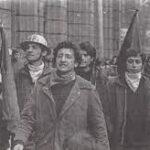 Juan y Ramón, militantes del MIR, desaparecieron desde Londres 38… (aún no sabemos su paradero); por otro lado, Juan sin ningún tipo de militancia, fue asesinado por Carabineros en un control rutinario por ebriedad… Todo ésto pasó un 25 de Julio y el responsable fue Pinochet y sus agentes perros…